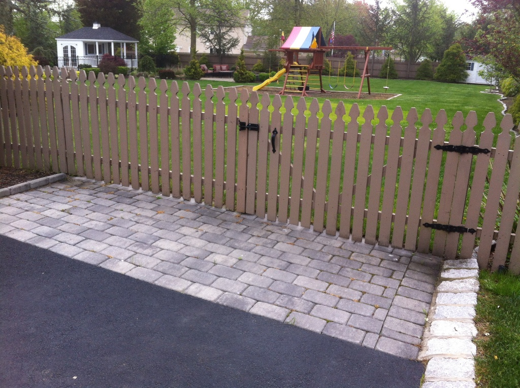 Removable Fence Section and Gate 2015