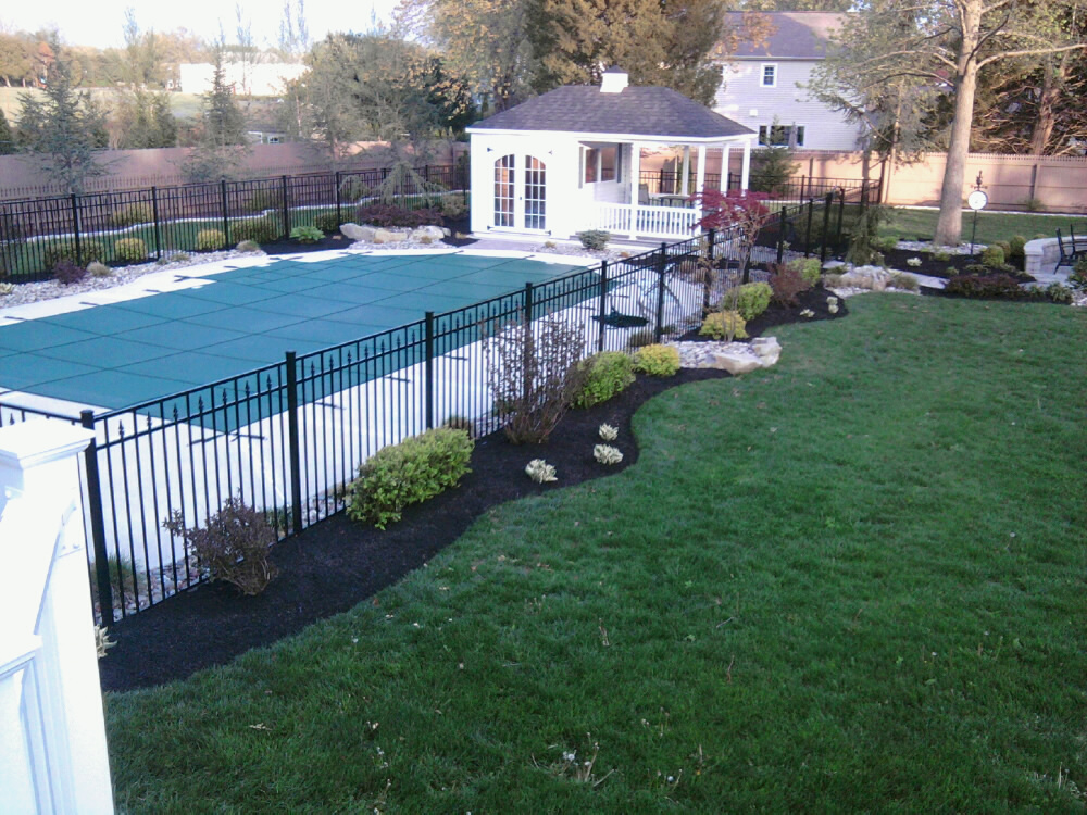 Glamorous 60 inground pool landscaping decorating for Pool landscaping