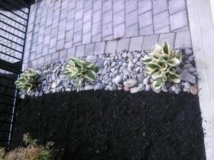 Walkway Stone & Mulch