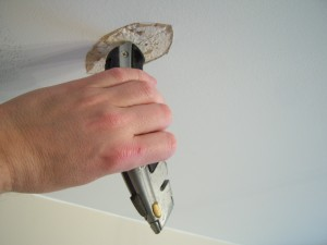 Preparing the Damaged Ceiling Drywall