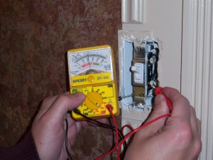 Using a Voltmeter on a Live Switch