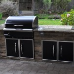 5 Outdoor Kitchen Design Tips from Professional Landscaping Contractors