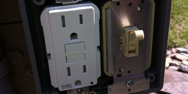 How to Replace a Dead GFCI Outlet