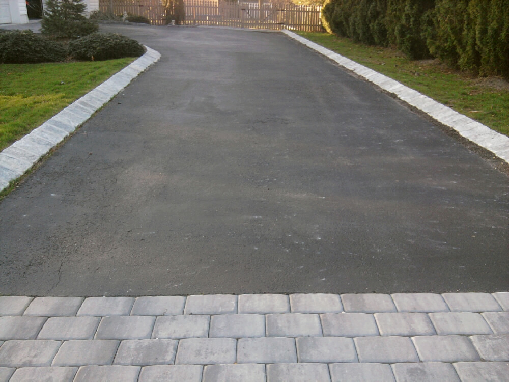 Driveway With Pavers And Angled Belgian Block