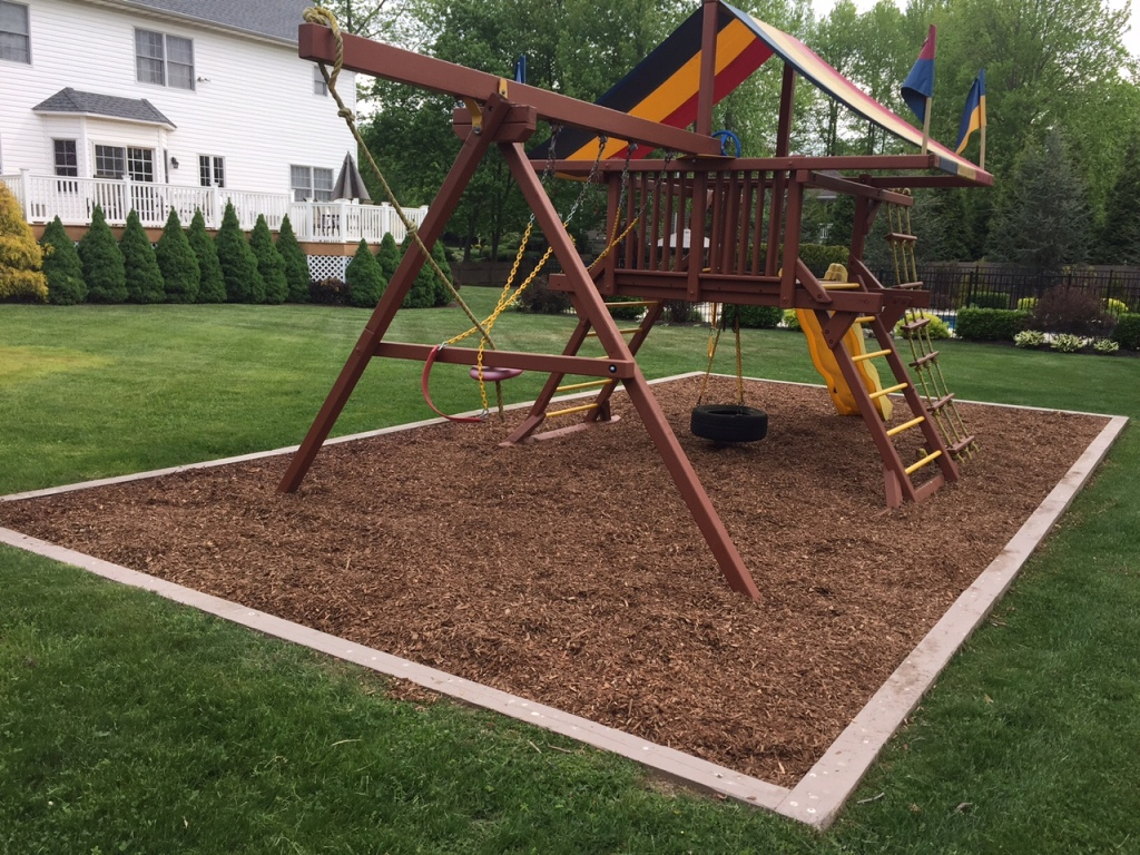 7 Tips For Maintaining A Redwood Swing Set All About The House